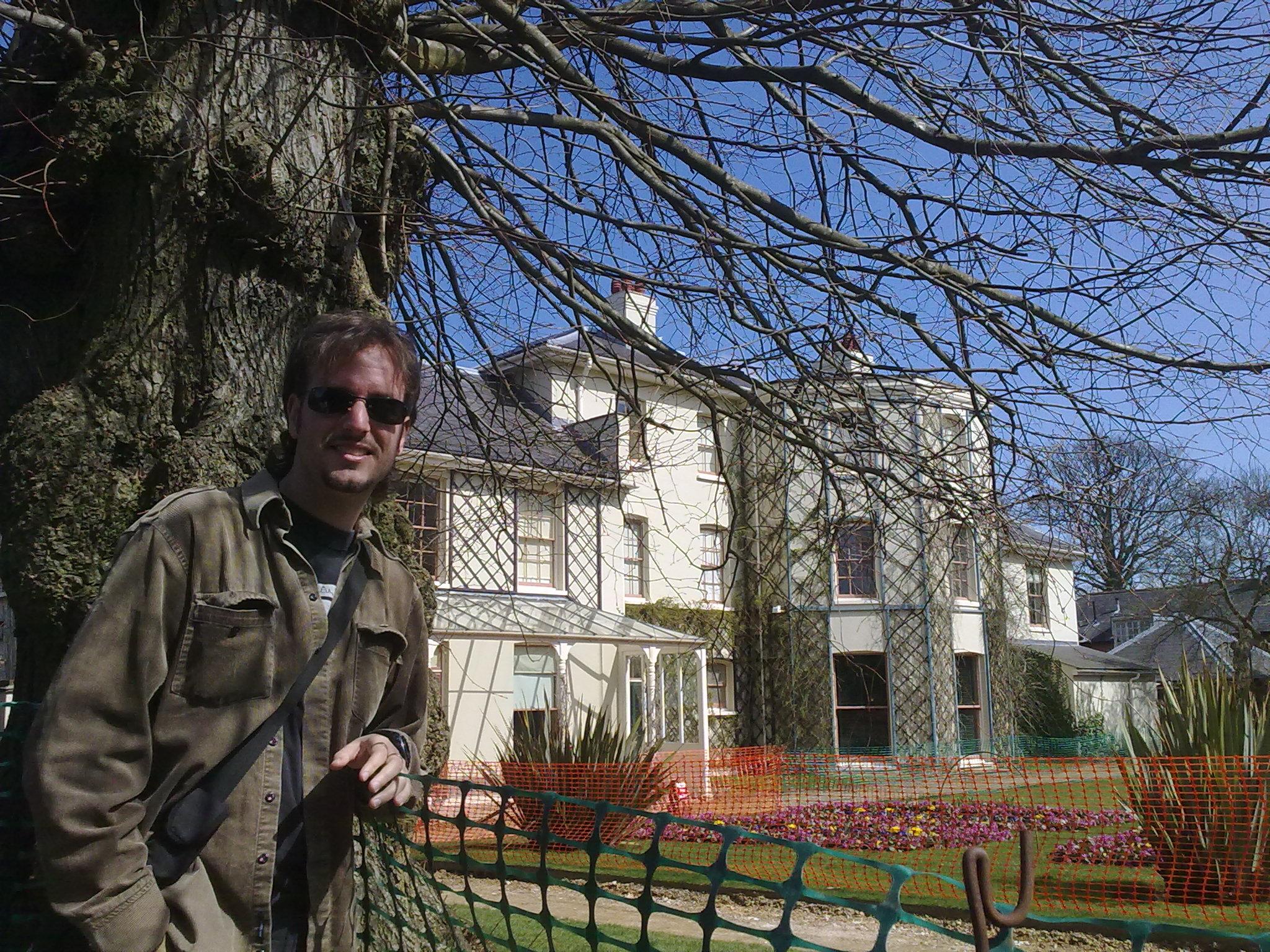 Samuel Cañada, en Down House, la casa de Darwin.